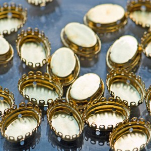 Цапы овальные, закрытые, цвет золото, 19х14 мм...