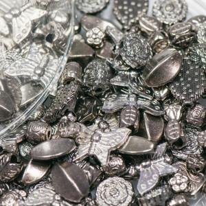 Набор металлический из подвесок, бусин и разделителей, ...