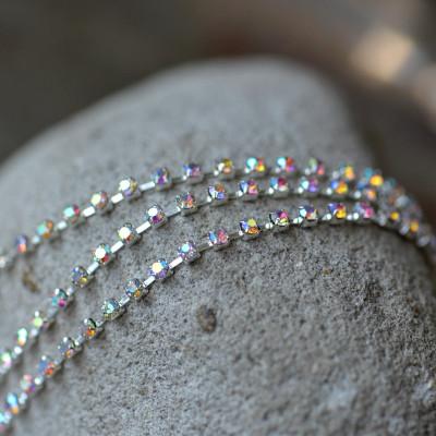 Цепочка для бижутерии со стразами, цвет радужный/серебро, размер 2 мм