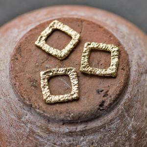 Коннектор квадратный, покрытие Real Gold Plated, 14x14x...