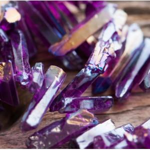Бусина горный хрусталь, осколки, цвет фиолетовый радужн...