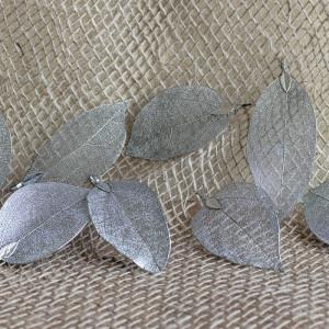 Подвеска металлическая в форме листика, цвет - платина,...