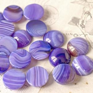 Кабошон Агат овал, фиолетово-сливочный, 16x6 мм...