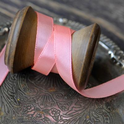 Лента атласная, цвет бледно-розовый, 10 мм