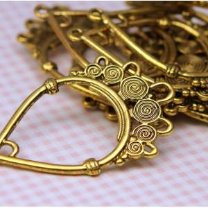 Коннектор-подвеска 1-5 отв, античное золото, 39х23,5 мм...
