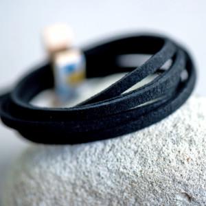 Шнур из искусственной замши, черный, 3х1.5 мм...