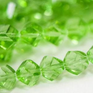Бусина стеклянная граненая, светло-зеленый, 8х8 мм...