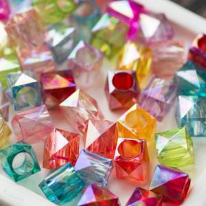Бусина-кубик акриловая, цвет в асс., 11х11 мм...
