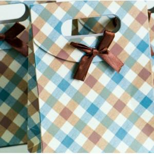 Пакет подарочный картонный, 165х125 мм...