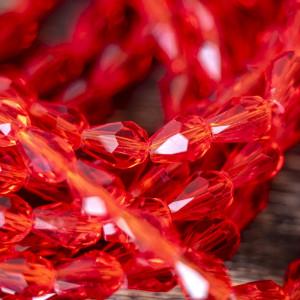 Бусина стеклянная граненая, красный, 8х6 мм...