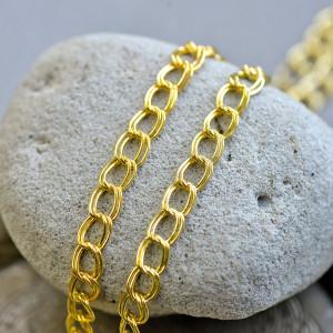 Цепочка для бижутерии, цвет - золото, размер звена 8х6....