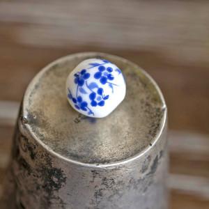 Бусина керамическая круглая, бело-голубой, 10 мм...