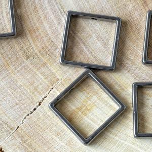 Рамка для бусин квадратная, черный, 17x17x3 мм...