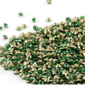 Стразы стеклянные ювелирные, цвет светло-зеленый, 2.8 м...