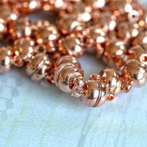 Застежка магнитная круглая, цв. розовое золото, 12х7 мм...