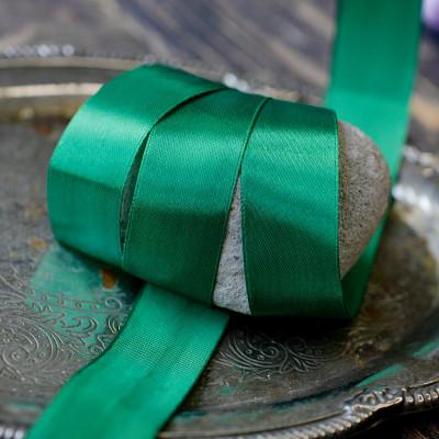 Лента, атлас, цвет зеленый яркий, ширина 25 мм