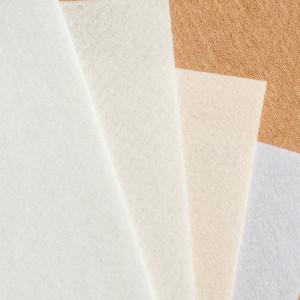 Набор фетра 4 листа в бело-сливочных оттенках...