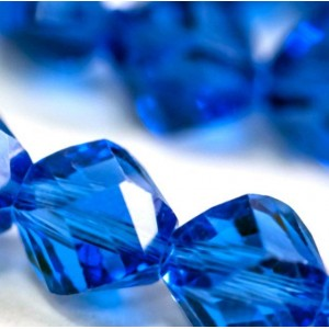 Бусина стеклянная граненая, синий, 8х8 мм...