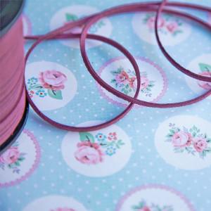 Шнур из искусственной замши, розовый, 3х1.5 мм...
