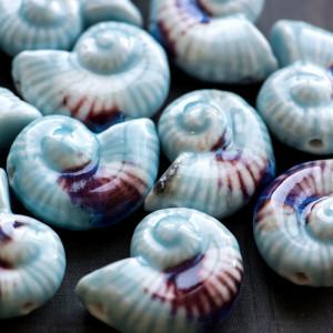 Бусина керамическая в форме ракушки, коричнево-голубой,...