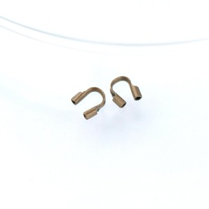 Протектор ювелирного тросика, античная бронза, 5х4х1 мм...