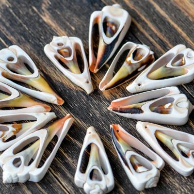 Бусина из натуральной ракушки в первиковых тонах, разный размер