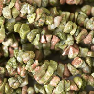 Бусина унакит осколки, цвет  зеленый, 4-10 мм (уп.20 г)...