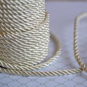 Витой полиэстеровый шнур, сливочный, 5 мм...