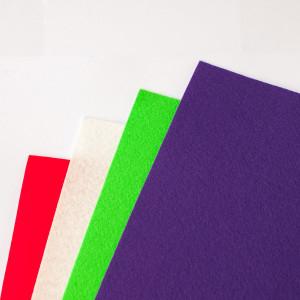 Набор фетра 4 больших листа красный, сливочный, зеленый...