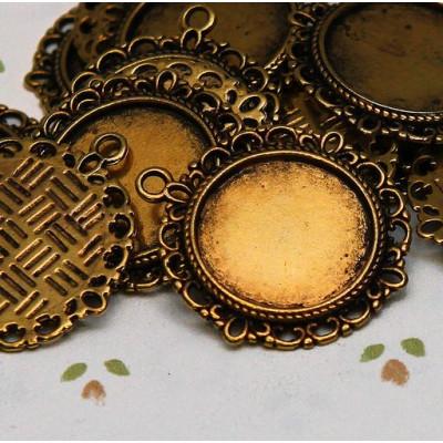 Сеттинг круглый с местом под кабошон, античное золото, 35х32х2 мм