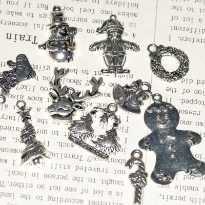 Набор металлических подвесок в новогодней тематике, цвет античное серебро, в наборе 10 шт