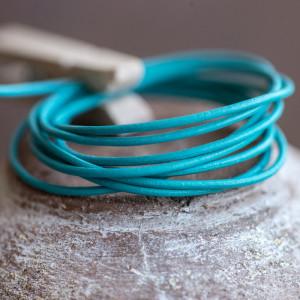 Кожаный шнур, бирюзовый, диаметр 1,5 мм...