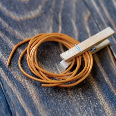 Шнур кожаный, цвет оранжевый бледный, диаметр 1,5 мм