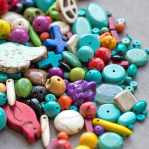 Бусина говлит синтетический, разные цвета, размерный ми...