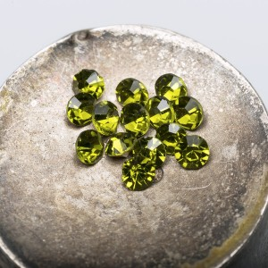 Стразы горный хрусталь, цвет желто-зеленый, 2,8 мм (уп ...
