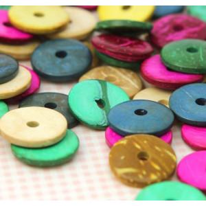 Бусина из скорлупы ореха, окрашена в разные цвета, 15х3...