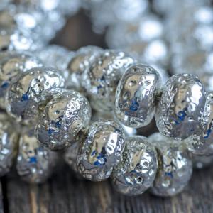 Бусина из натуральной лавы 8,5 мм, цвет серебряный...