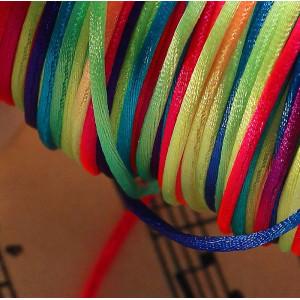 Нейлоновый шнур, разных цветов, толщина 1 мм...