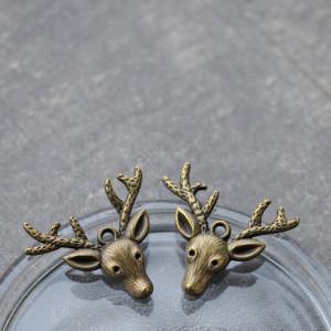 Подвеска металлическая в виде оленя, цв. античная бронз...