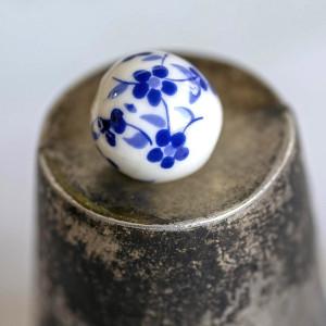 Бусина керамическая круглая, бело-синий, 12 мм...