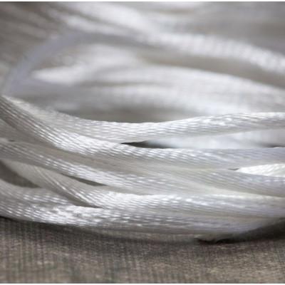 Атласный шнур для кумихимо, белый, 2 мм