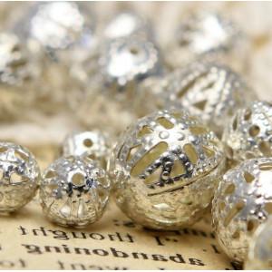 Бусины металлические, серебро, разного диаметра 6-16 мм...