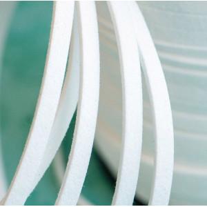 Шнур из искусственной замши, белый, 5х1.5 мм...