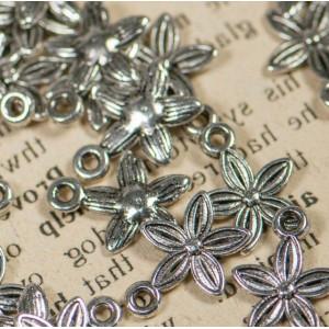 Подвеска металлическая в виде цветка, античное серебро,...