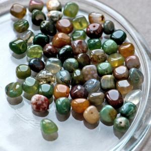 Бусина агат индийский, осколки, зеленые оттенки, 5-7х5-...