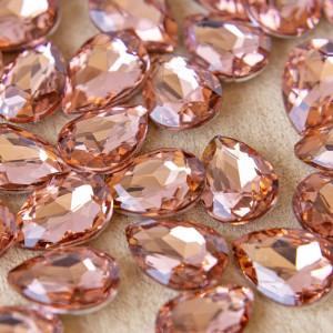 Кабошон стеклянный с гранями, капля, золотисто-розовый,...